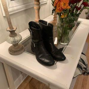 JCrew 81/2 black low leather boots me/ side buckle